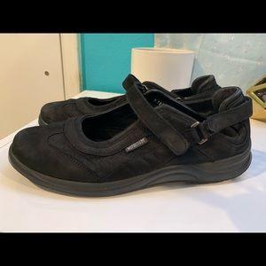 Mephisto Mary Jane black shoes